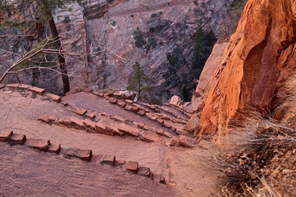 zion-national-park-angels-landing-utah