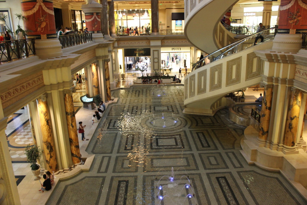 las-vegas-ceasars-palace-forum-shops-nevada