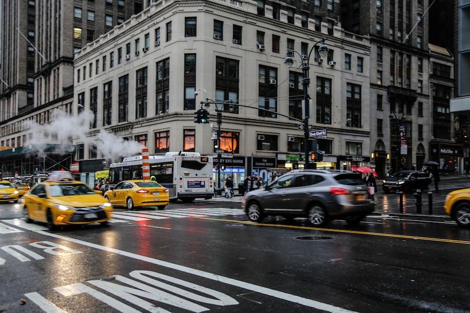 New-York-USA-Midtown-Yellow-Taxi