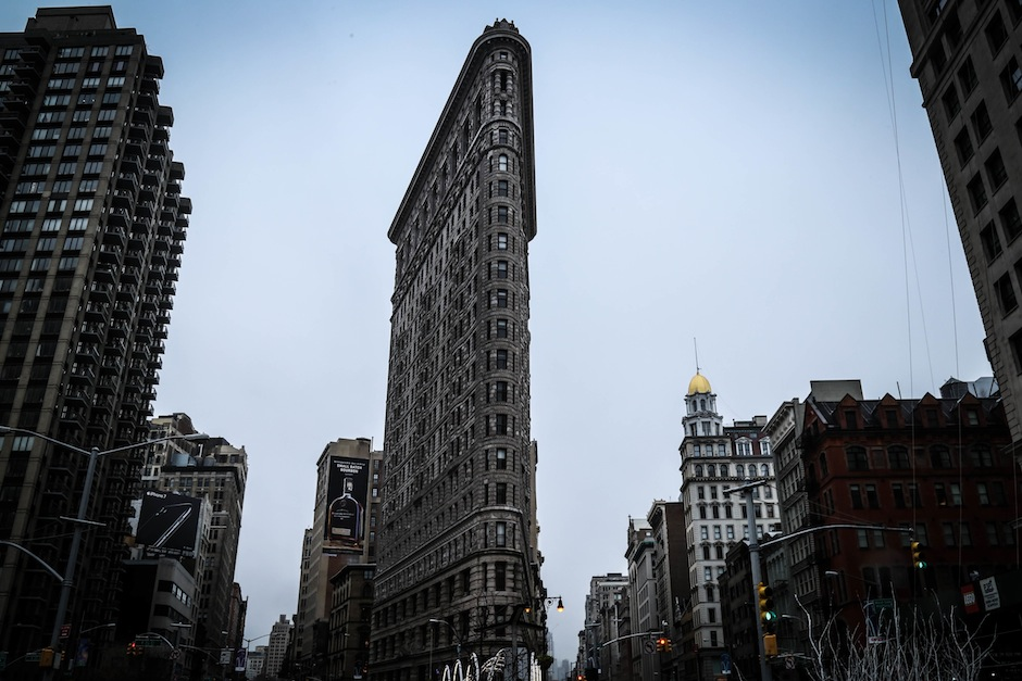 new-york-flat-iron-building-manhattan-usa